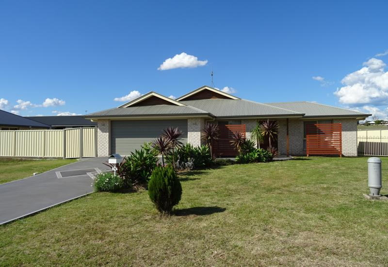 GOOD LOCATION, WELL PRESENTED 4 BEDROOM HOME