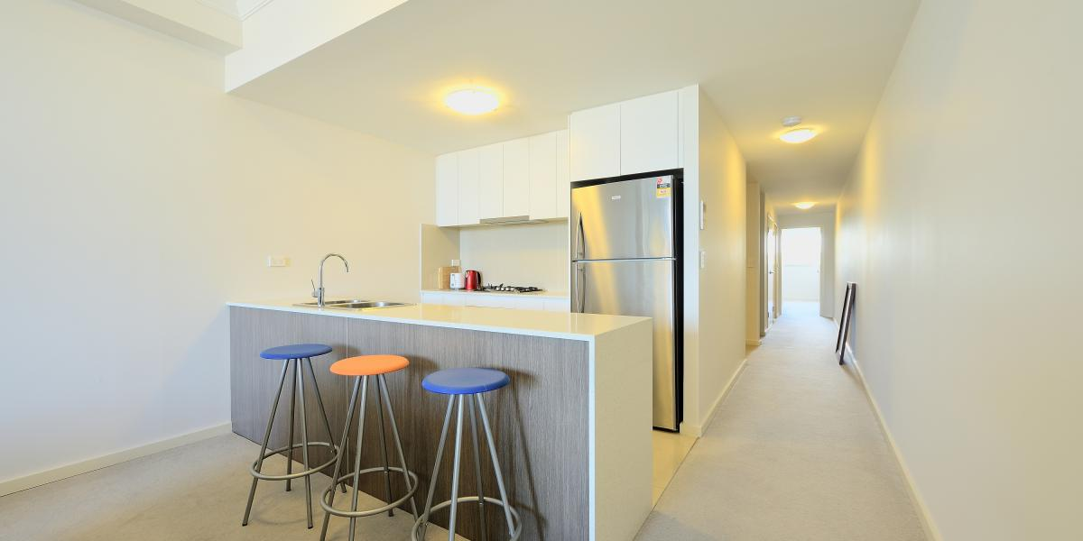 2 BEDROOM + STUDY APARTMENT CLOSE TO AMENITIES