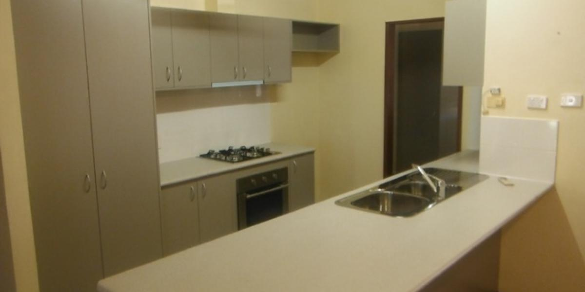 Family 5 Bedder. ** 2 Weeks Free Rent **