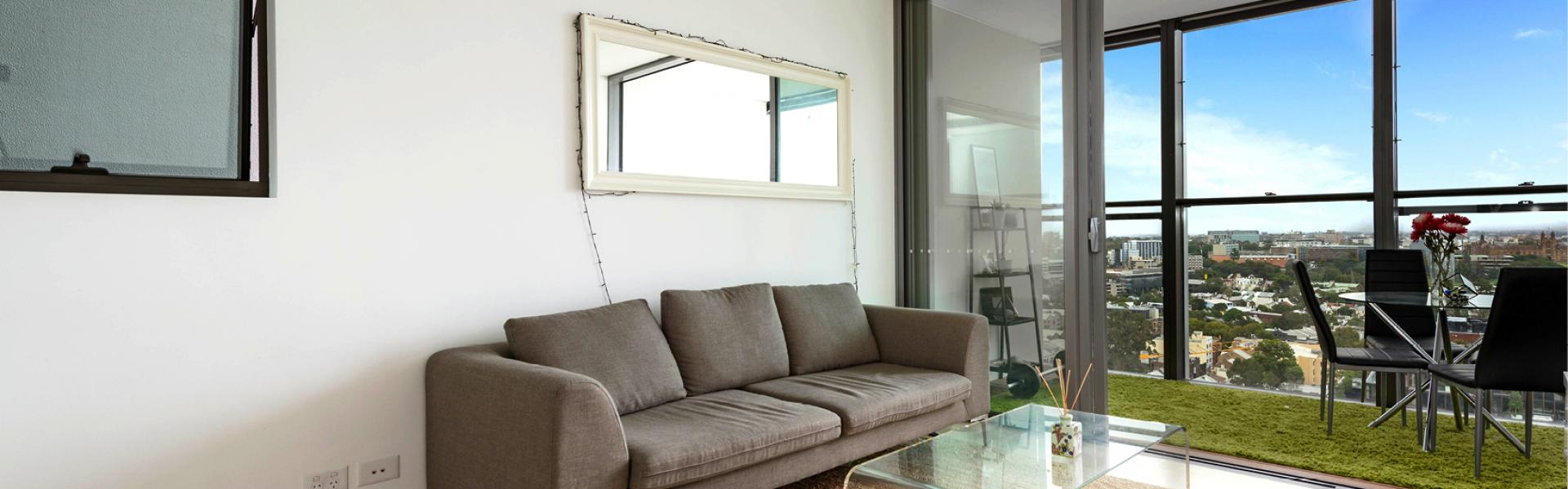 FURNISHED 1 BED APARTMENT WITH UNINTERRUPTED VIEWS