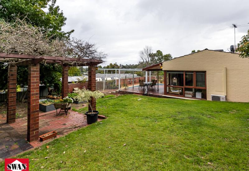 LAST CHANCE! Home open this Sunday 10-10:30am or call for a private viewing!