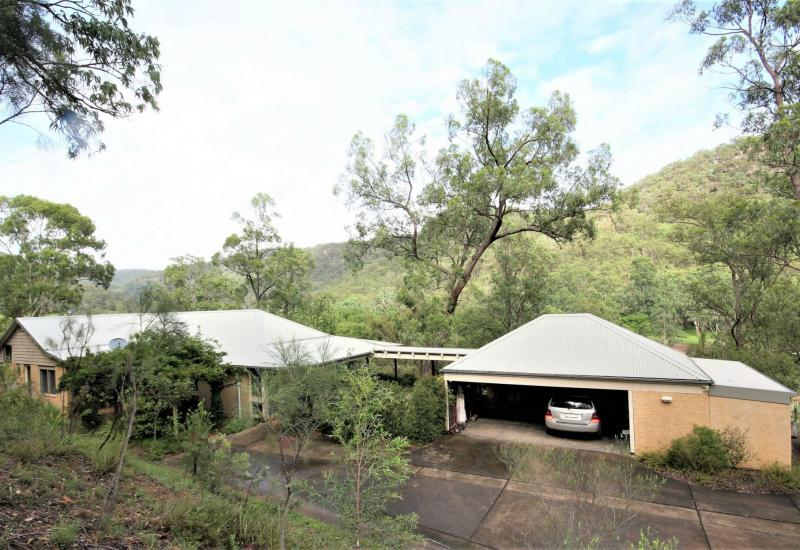 THE COMPLETE RURAL RETREAT - INSPECTION A MUST!