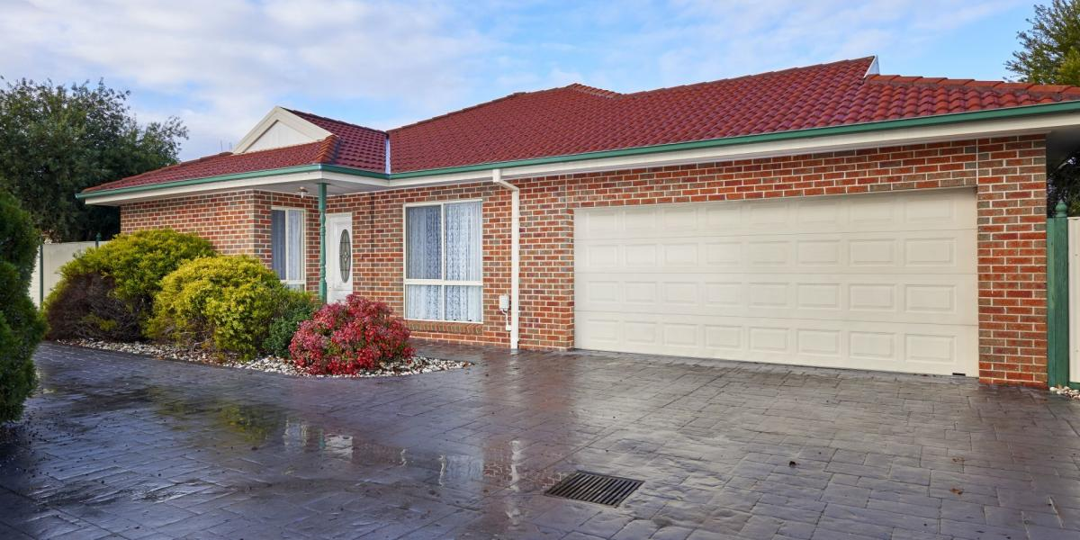 Centrally Located 3 Bedroom Town House